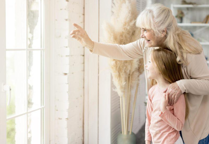 glaucoma grandparent with child